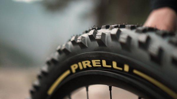 Pirelli e Fabien Barrel